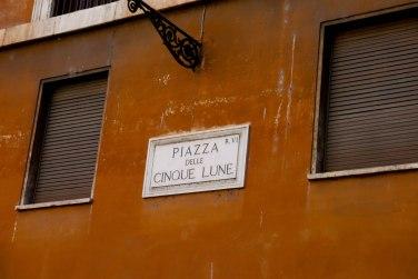 Piazza delle Cinque Lune