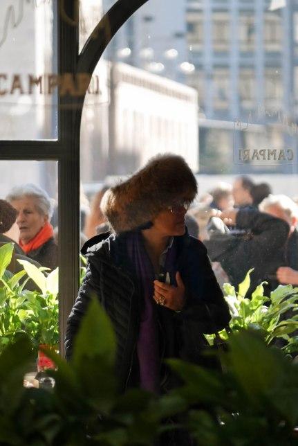 P1020735Getting around Duomo di Milano