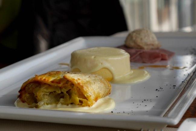 Antipasto of tuna-sauced veal, pumpkin flank and leek strudel