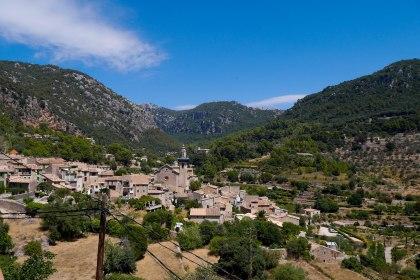 View towards Valldemossa
