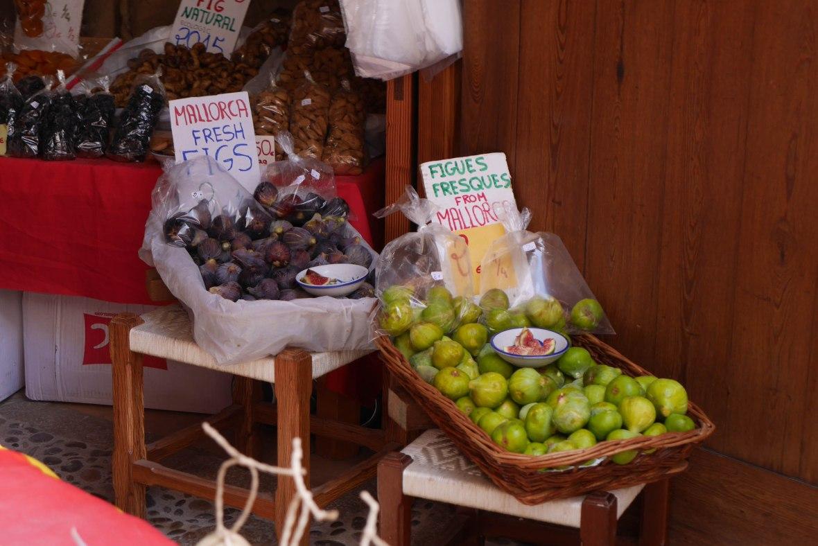 Figs shop in Alcúdia